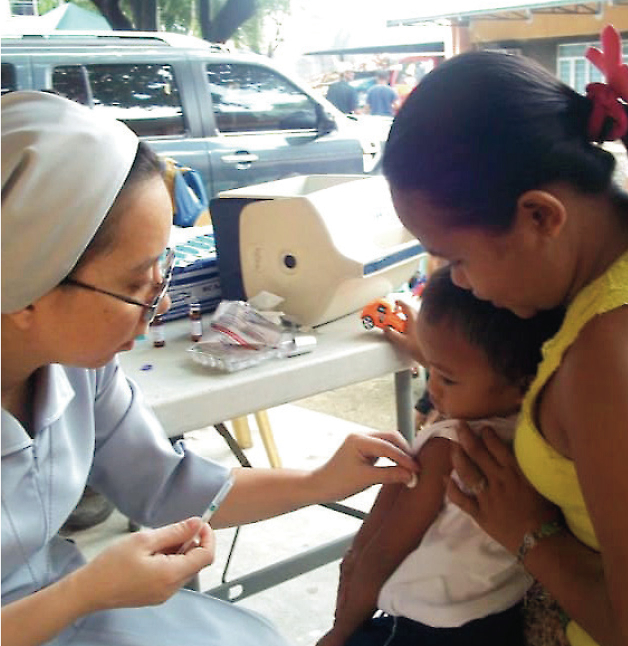 Sister Maureen treats tuberculosis patients in the Philippines.